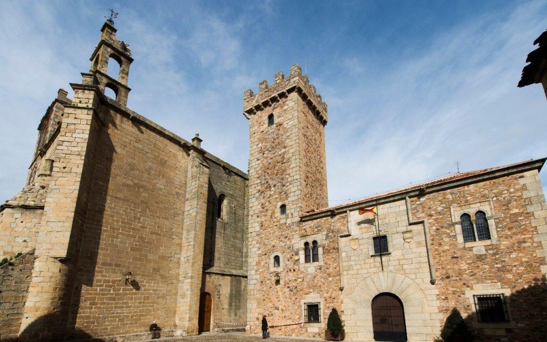 Torre de las Cigüeñas y Palacio de Diego de Cáceres Ovando en Cáceres