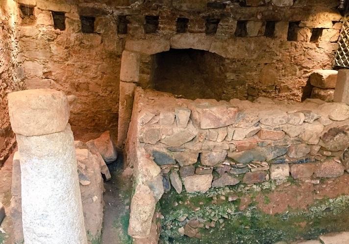 Sobre la jornada de puertas abiertas a los restos arqueológicos del Palacio de Mayoralgo en Cáceres