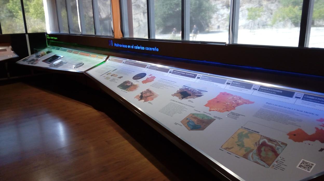 Visita a la Cueva de Maltravieso (Cáceres), en el Centro de Interpretación