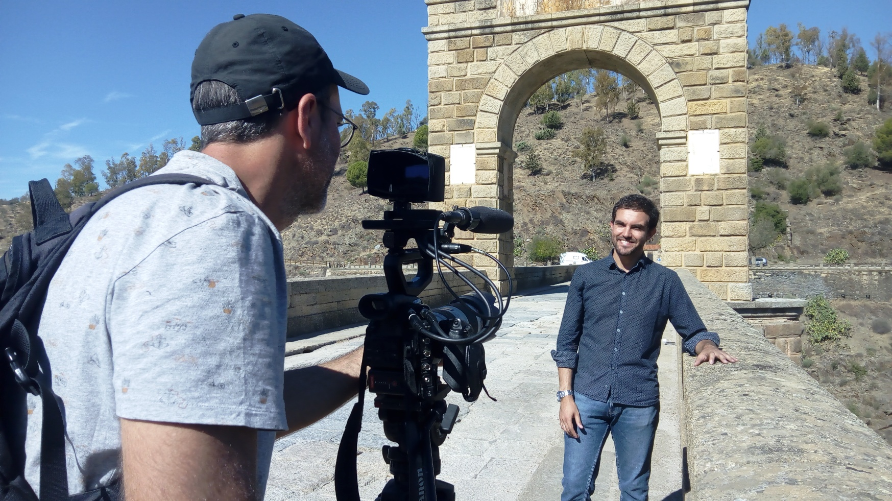 Fotografía de la grabación del documental sobre la Extremadura romana para el canal europeo ARTE