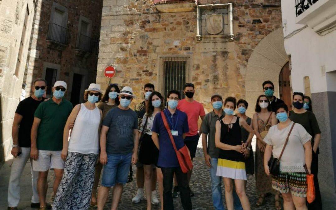 Fotografía de grupo de la visita temática Cáceres durante la Guerra Civil
